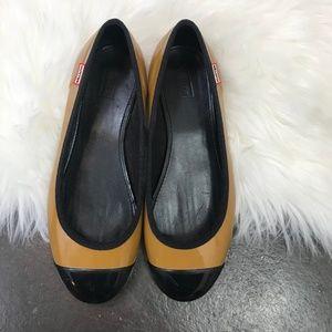 Hunter Tan & Black Waterproof Ballet Flats Sz. 6.5